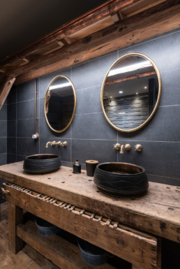 Salle de bain ambiance chalet de montagne