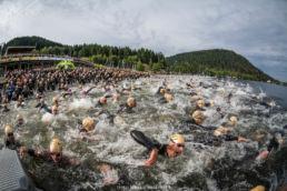 photographie d'événement sportif, départ du triathlon de Gérardmer